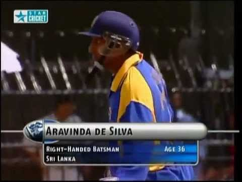 Video: Aravinda de Silva smashes Ajit Agarkar for 23 runs in an over
