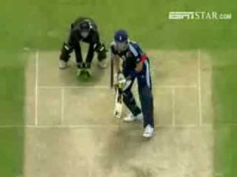 Video: Kevin Pietersen's switch hit