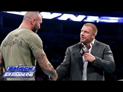 Video: Randy Orton apologizes to Triple H - WWE SmackDown