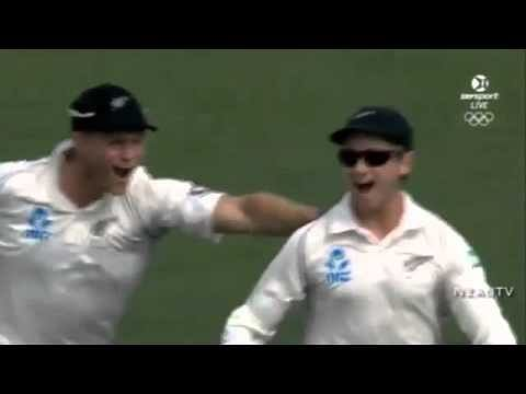 Video: Stunning catch by Kane Williamson