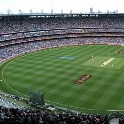 The Ashes 2013-14: Fans smuggle in ashes at the Melbourne Cricket Ground