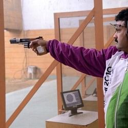 Samresh Jung beats Olympic medallist Vijay Kumar to gold at National Shooting Championships