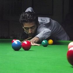 Malabar Hill Club Maharashtra State Selection  Billiards & Snooker Tournament 2013: Gadiya upsets Agrawal