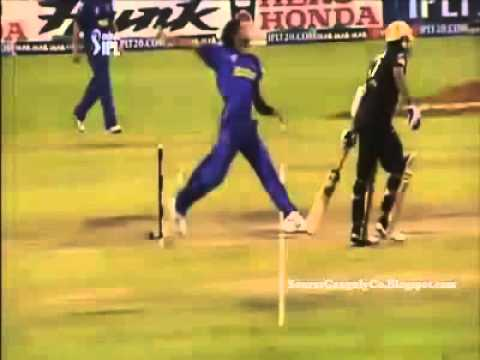 Video: Sourav Ganguly scores 13 runs from 1 ball
