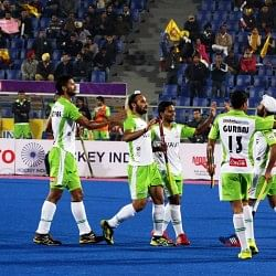 Jaypee Punjab Warriors vs Delhi Waveriders - Heroes and Flops of the day