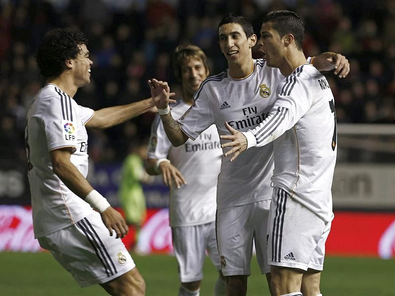 Real Madrid cruise into Copa del Rey final