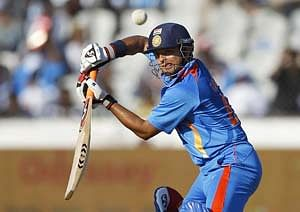 New Zealand vs India 2014: Time for Suresh Raina to finally trust his defense