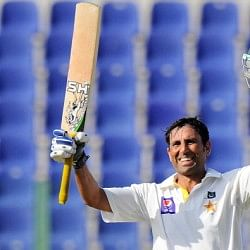 Pakistan vs Sri Lanka 2013-14: 1st Test- Day 2: Ton-up Younis and Misbah pile more misery on Sri Lanka