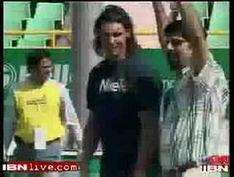 Video: Rafael Nadal playing cricket with Kris Srikkanth!
