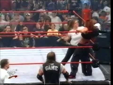 Video: Lita vs Stephanie McMahon - WWF Women's Title match