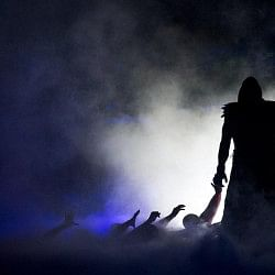 3 Alternative Feuds for the returning Undertaker other than Brock Lesnar