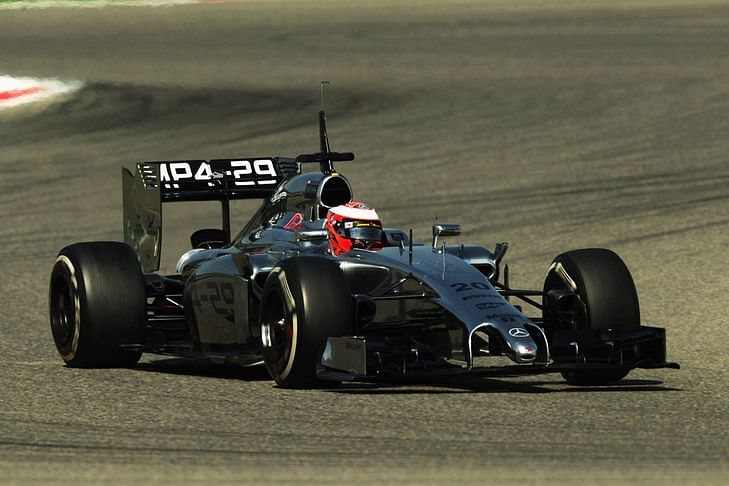 Magnussen puts McLaren on top on Day 2 of Bahrain test