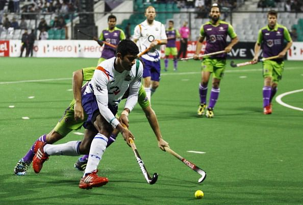 HIL 2014: Delhi Waveriders beat UP Wizards 4-3 to extend lead at the top