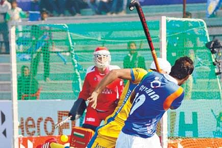 UP Wizards, Punjab Warriors play out first draw of HHIL 2014