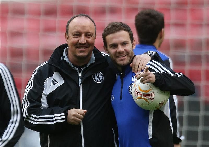 Rafa Benitez: Chelsea sold their best player Juan Mata to Manchester United