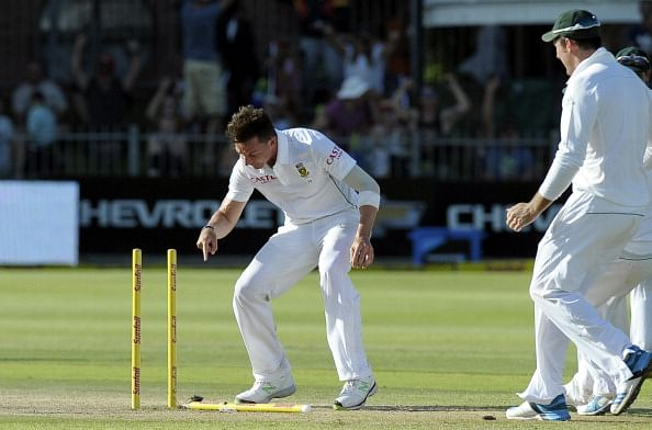 Dale Steyn continues to be the top ranked bowler in the ICC Test rankings