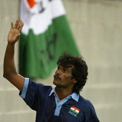 Hockey legend Dhanraj Pillay makes political debut by joining Aam Aadmi Party