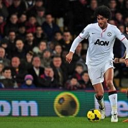 An injury-free Marouane Fellaini a viable option in the Manchester United midfield?