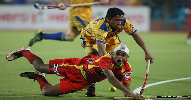 HHIL 2014: Jaypee Punjab Warriors and Ranchi Rhinos take on each other in the 2nd semi-final