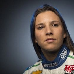 Sauber sign female driver Simona De Silvestro