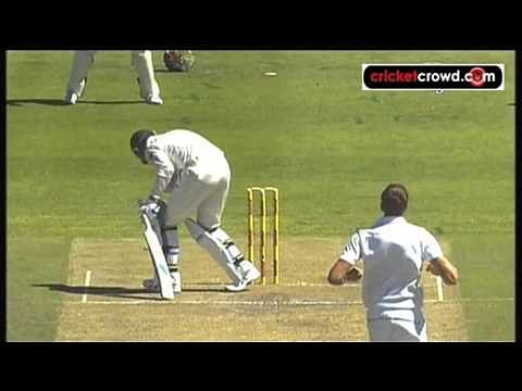 Video: Lethal bowling spell by Morne Morkel to Michael Clarke