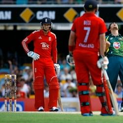Joe Root ruled out of World T20 with broken thumb; Ian Bell named replacement for England
