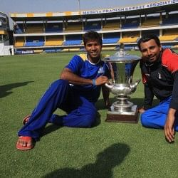 Dinda-Shami pace combination can strike fear: Ashok Dinda