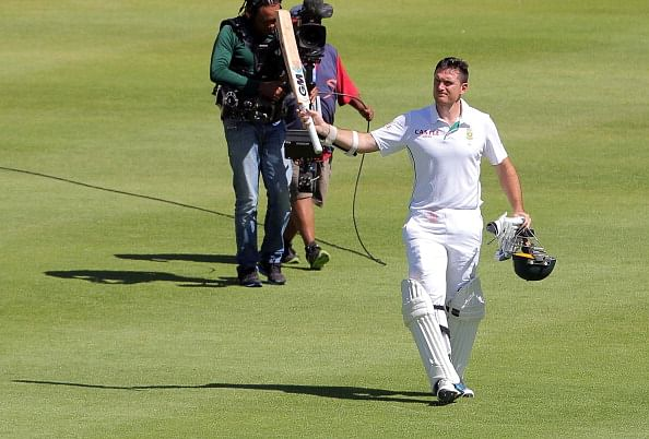 Who will be the best possible replacement for Graeme Smith as the South African test captain?