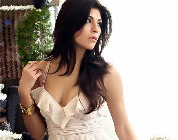 Archana Vijaya Hot Pics, Indian Super League Anchors Female Name ISL 2015 Hosts Name Hot Pics, Images, Photos, Wallpapers