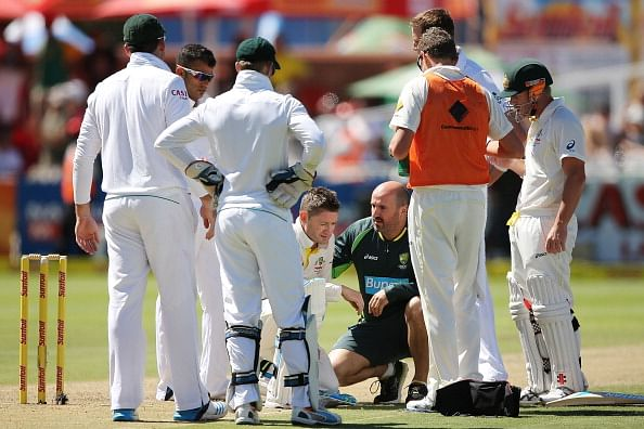 Shane Warne impressed with Michael Clarke's courage