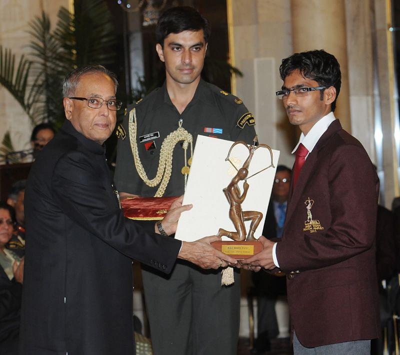 Ram Karan Singh receiving Arjuna award