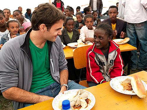 Federer in his initiative through the Roger Federer Foundation