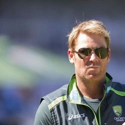 Shane Warne threatens to take legal action over fake tweet