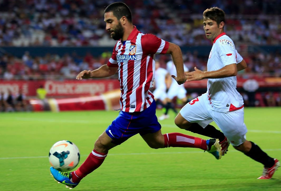 Rumour: Manchester United make official approach to sign Arda Turan