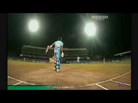 Video: Robin Uthappa - Cricket's walking assassin