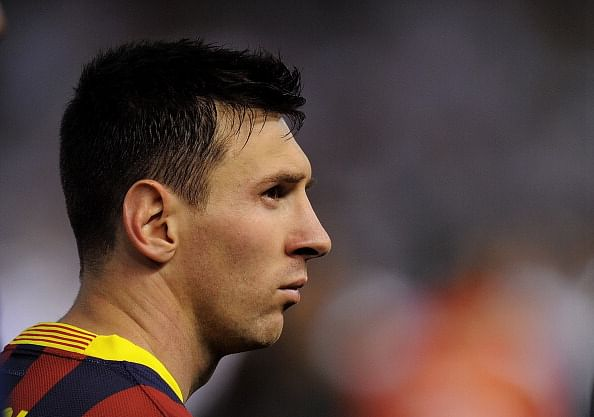 Rumour: Lionel Messi's contract talks stall at Barcelona