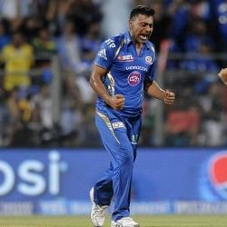 I stopped getting out of my house after going unsold in IPL auctions, reveals Praveen Kumar