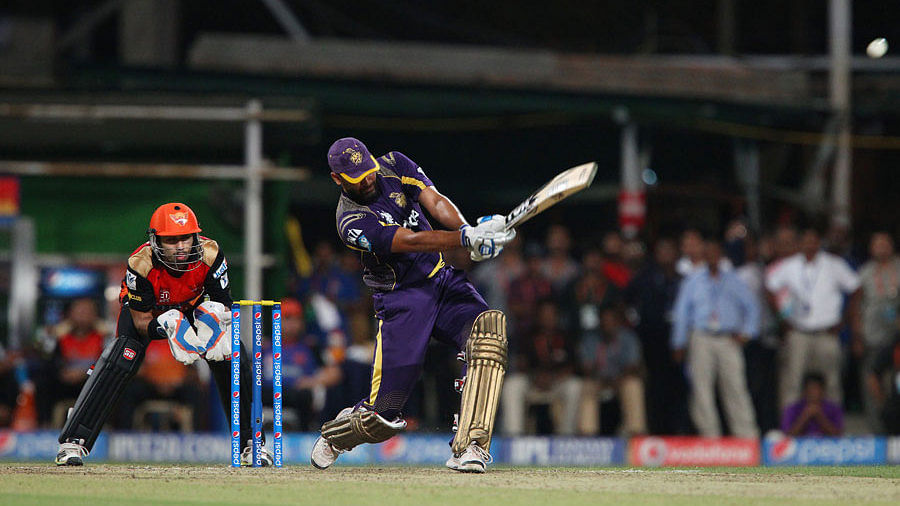 IPL 2014: Yusuf Pathan blitzkrieg powers KKR to IPL qualifier
