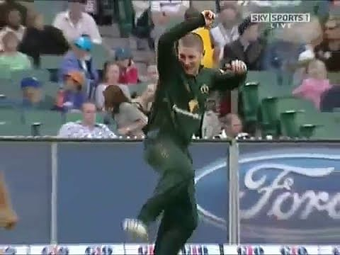 Video: Australian players gone crazy on the field