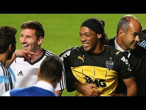 Ronaldinho look-alike invades pitch to worship Lionel Messi during Argentina training session