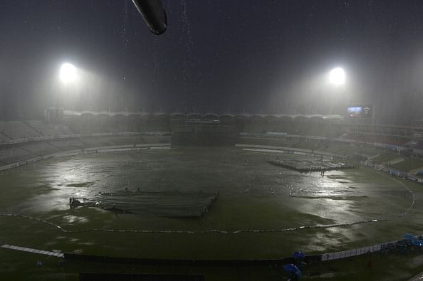 Rain halts India-Bangladesh 3rd ODI