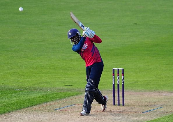 County Cricket: Daniel Bell-Drummond strokes hundred for Kent