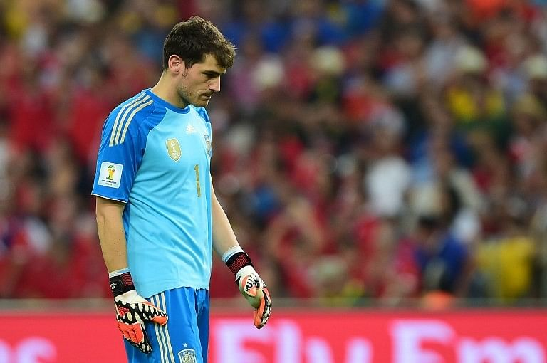Iker Casillas apologises for team's performance