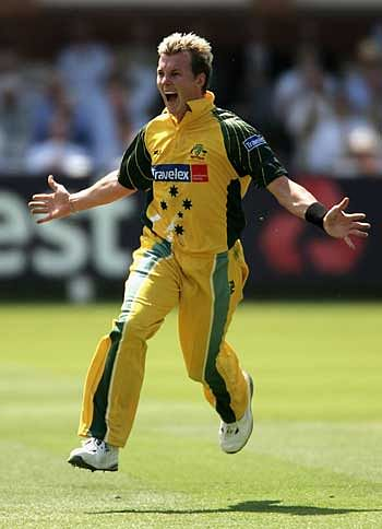 5 Best bowling performances of Brett Lee
