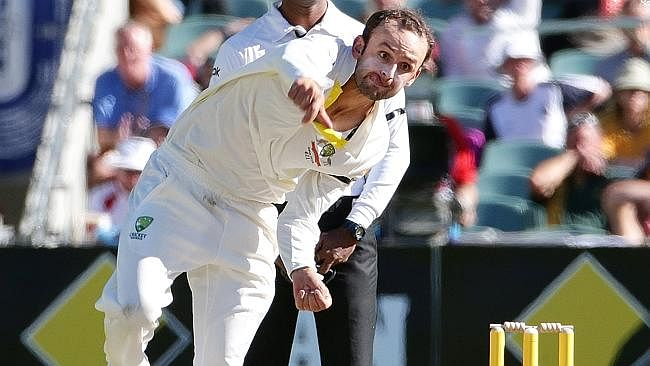 Muttiah Muralitharan is preparing Nathan Lyon for delivering the 'Carrom Ball'