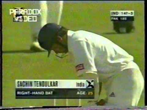 Video: Shoaib Akhtar yorks Sachin Tendulkar and Rahul Dravid