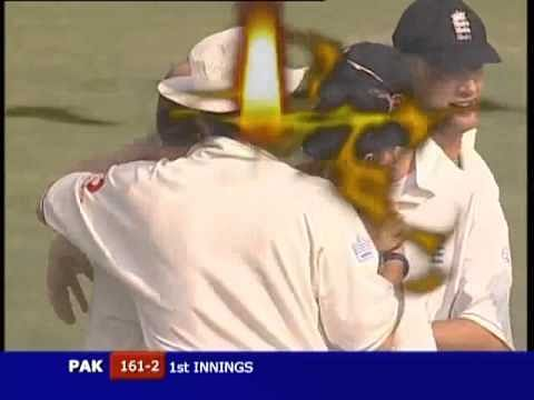 Video: Head-Butt in cricket - unusual rebound catch!