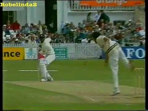 Video: Fiery pace bowling! Javagal Srinath harasses England with sheer pace