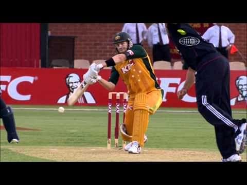 Video: Shane Watson breaks his bat against England