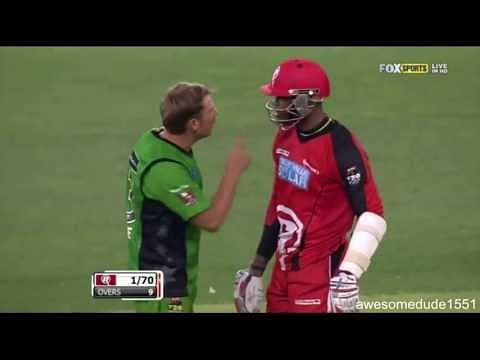 Video: Shane Warne and Marlon Samuels have a go at each other in Big Bash League